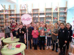Klasa 1a wmanufakturze słodyczy